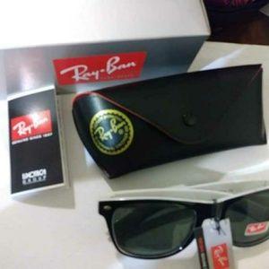 Ray-Ban designer sunglasses black white frames nwt